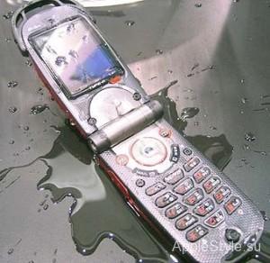 Влага попала внутрь телефона