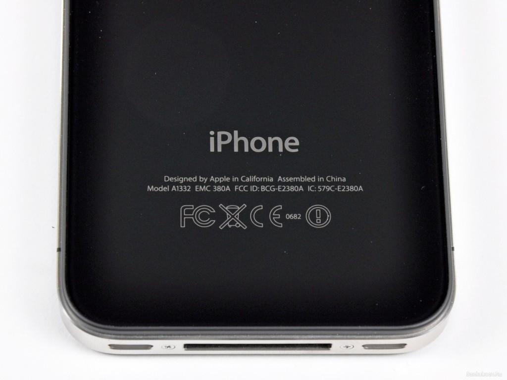 Модель iPhone на корпусе